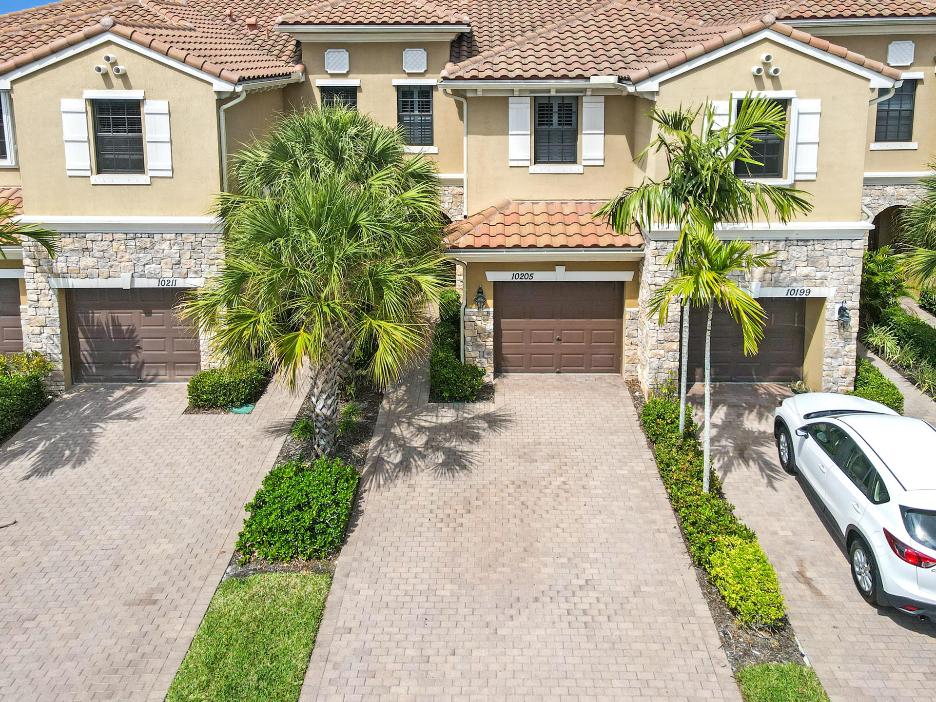 10205 Wellington Parc Drive Wellington, FL 33449 photo 1