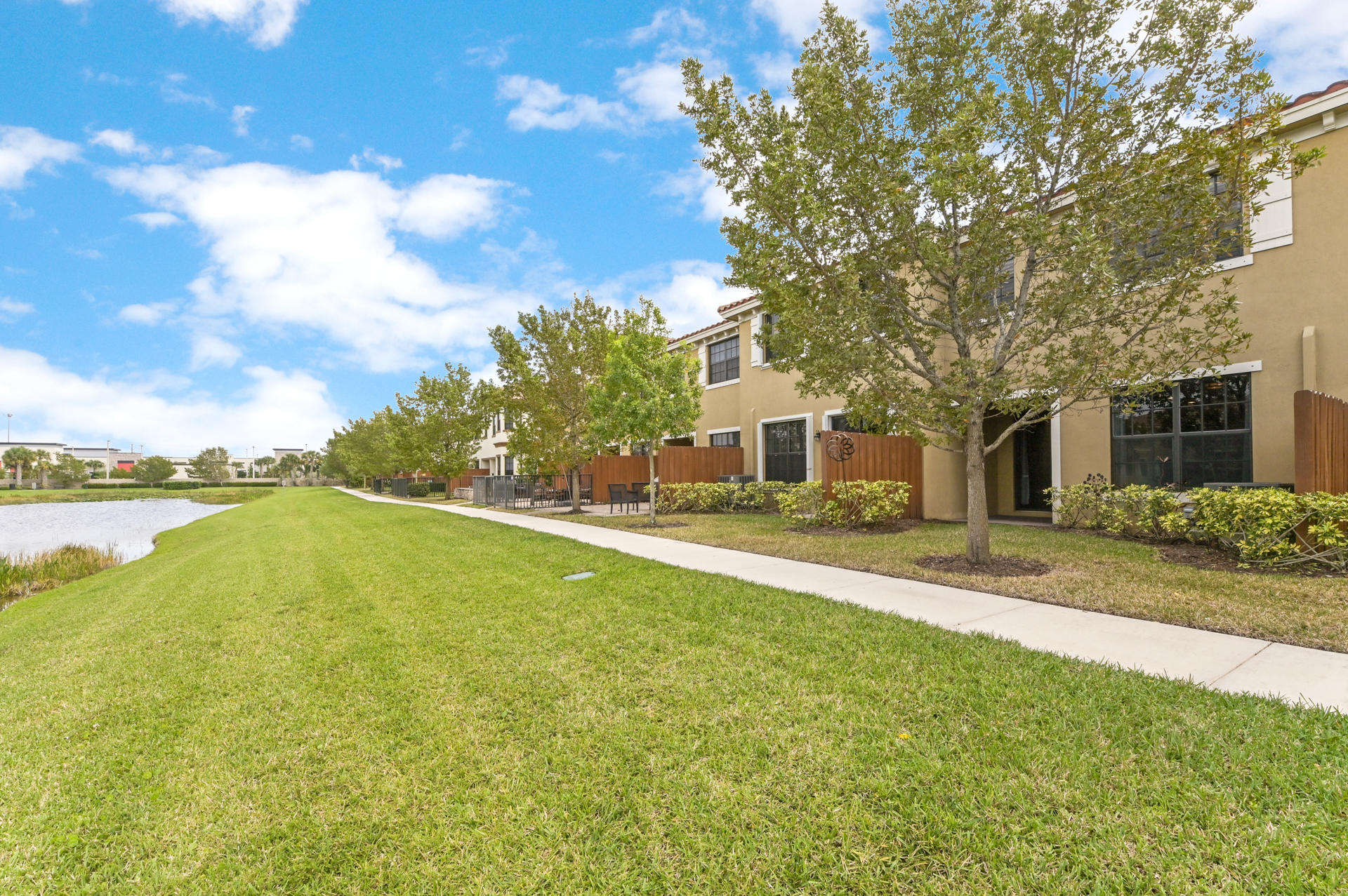 10205 Wellington Parc Drive Wellington, FL 33449 photo 22