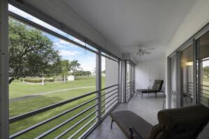 3871 Via Poinciana, 206, Lake Worth, FL 33467