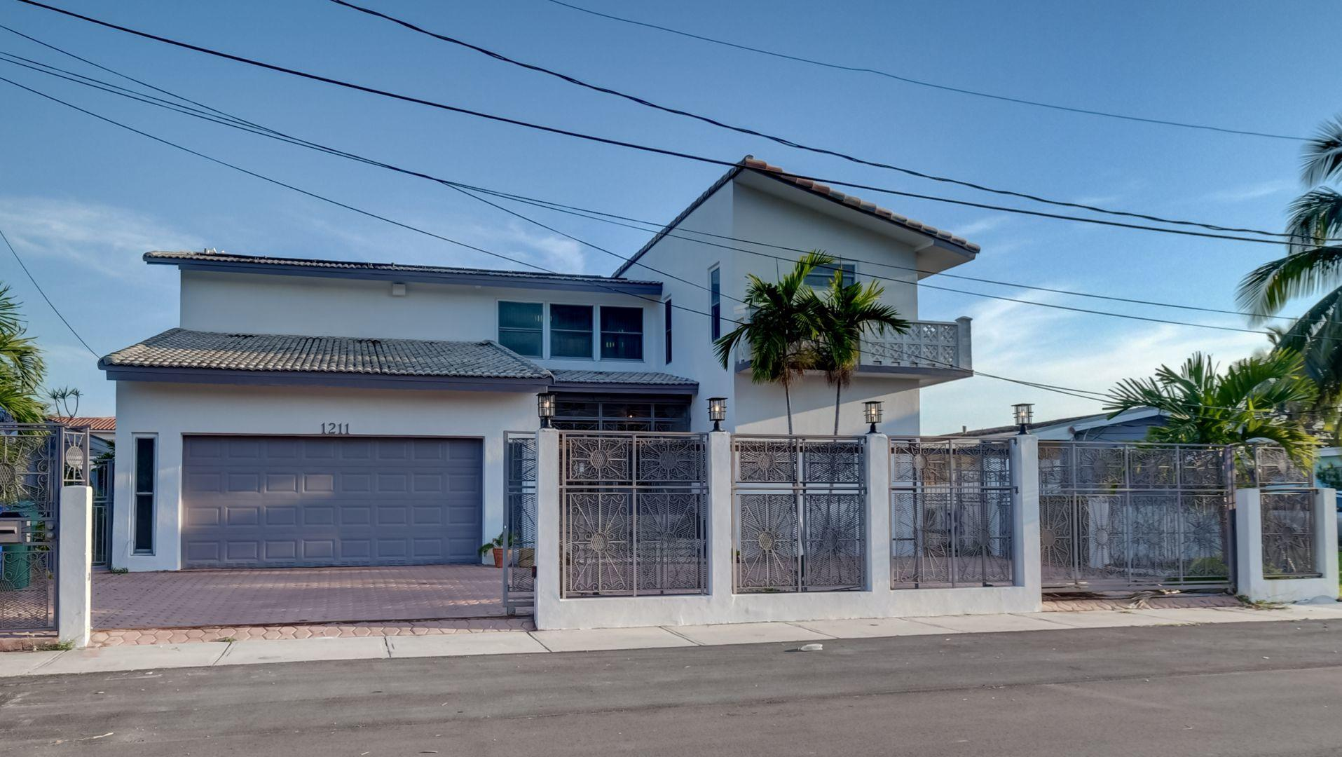 Home for sale in BAY CREST SEC 2 Miami Florida