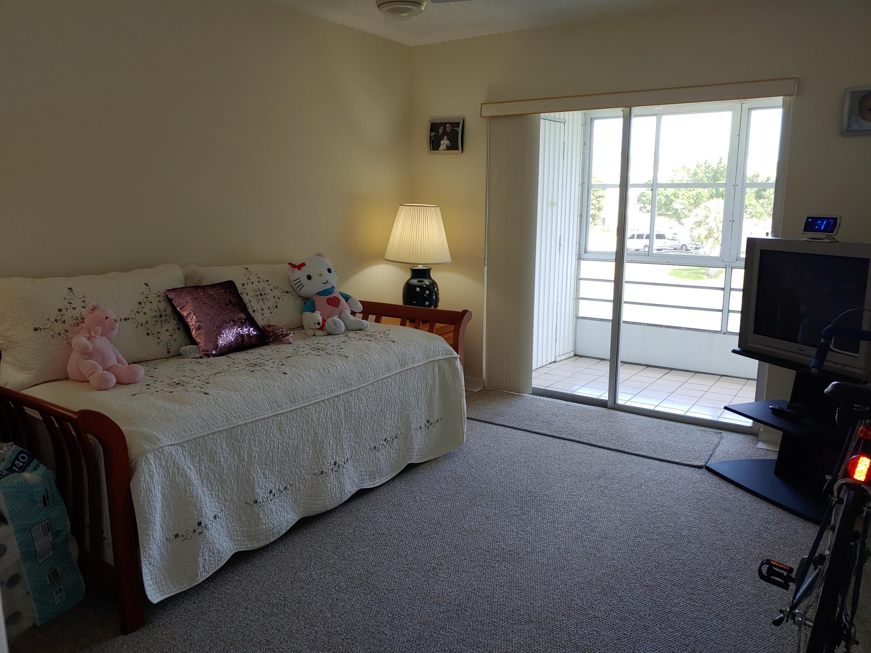 13 Somerset A West Palm Beach, FL 33417 photo 12