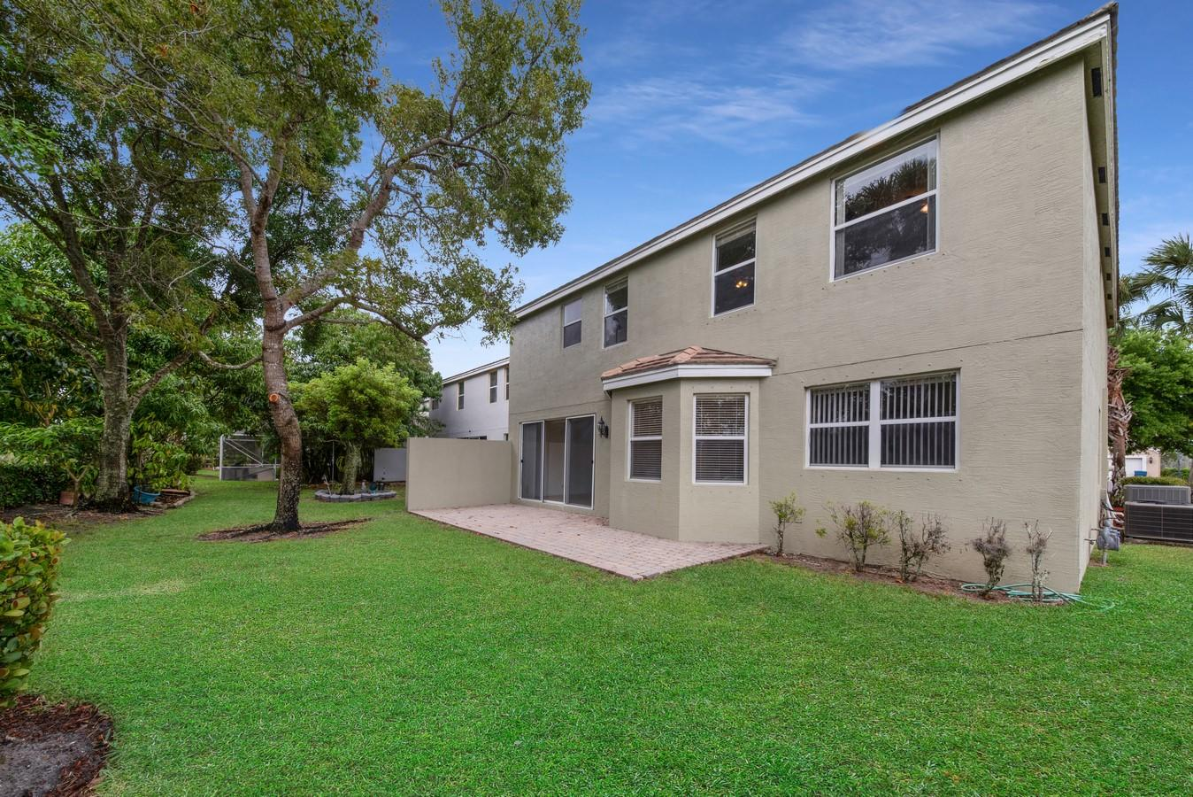 220 Kensington Way Wellington, FL 33414 photo 29