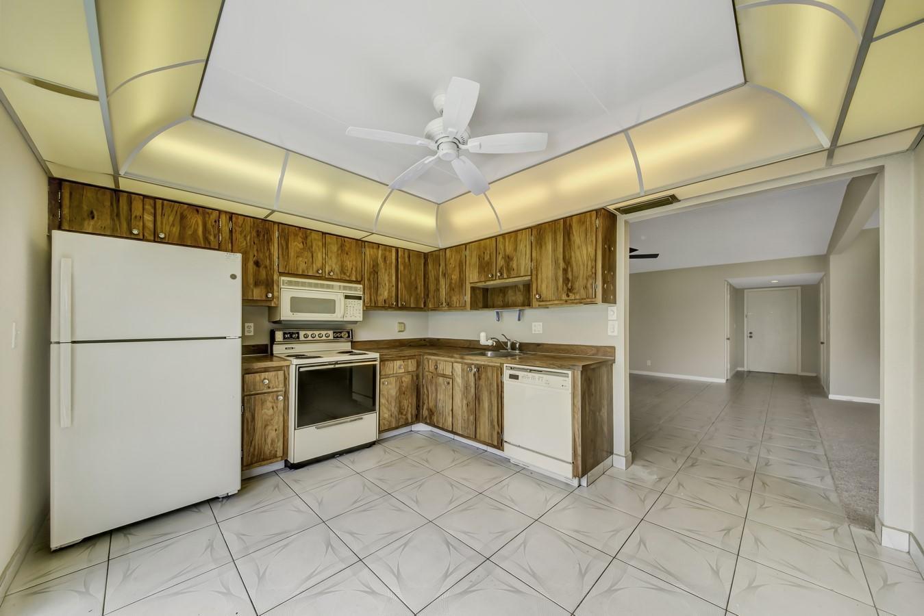 15767 Philodendron Circle Delray Beach, FL 33484 photo 4