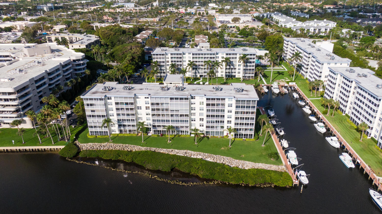 1  Harbourside Drive 1-605 For Sale 10705574, FL