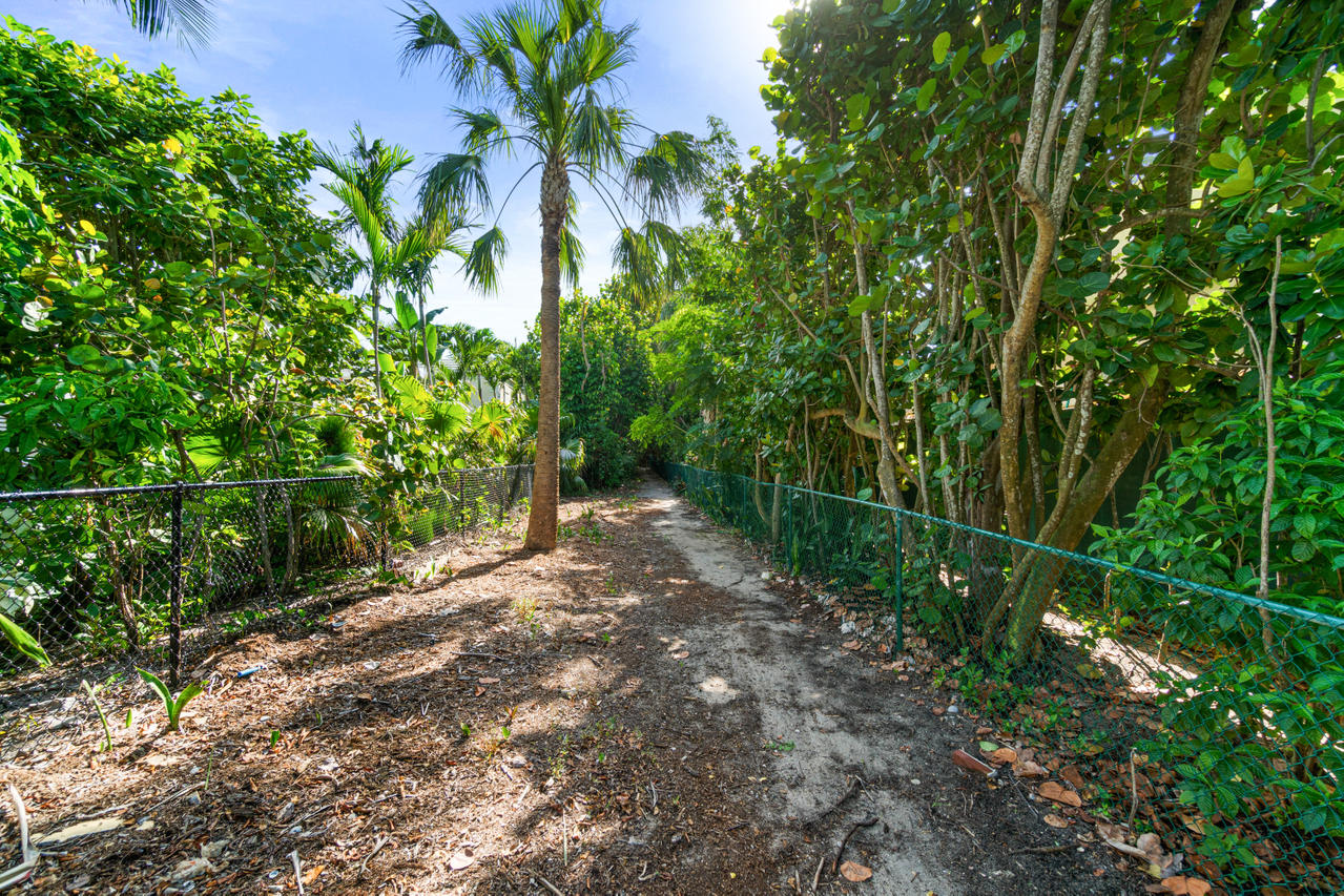 032-218 Mediterranean Road-PalmBeach-FL-