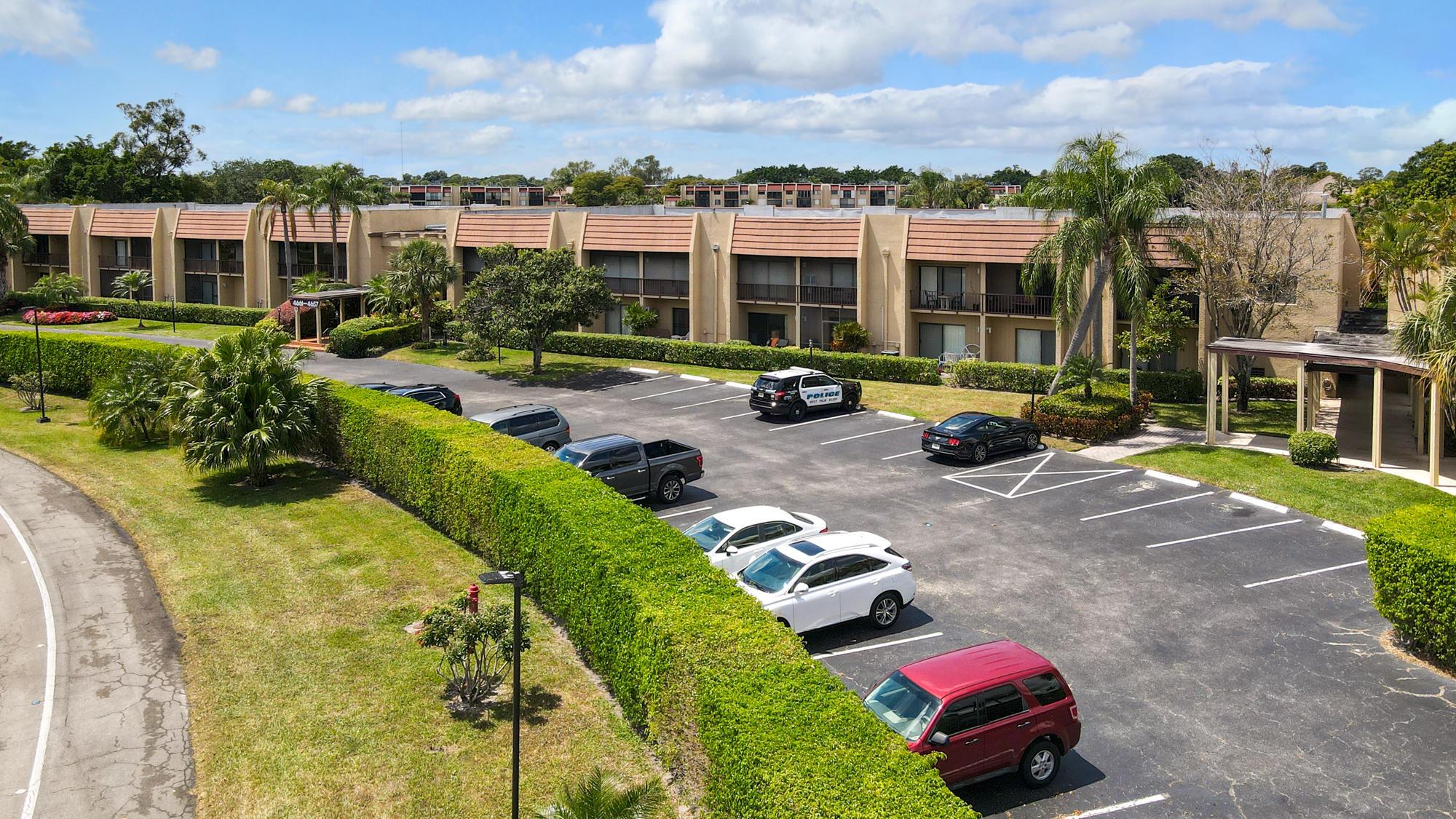 4657 Fountains Drive 107 Lake Worth, FL 33467