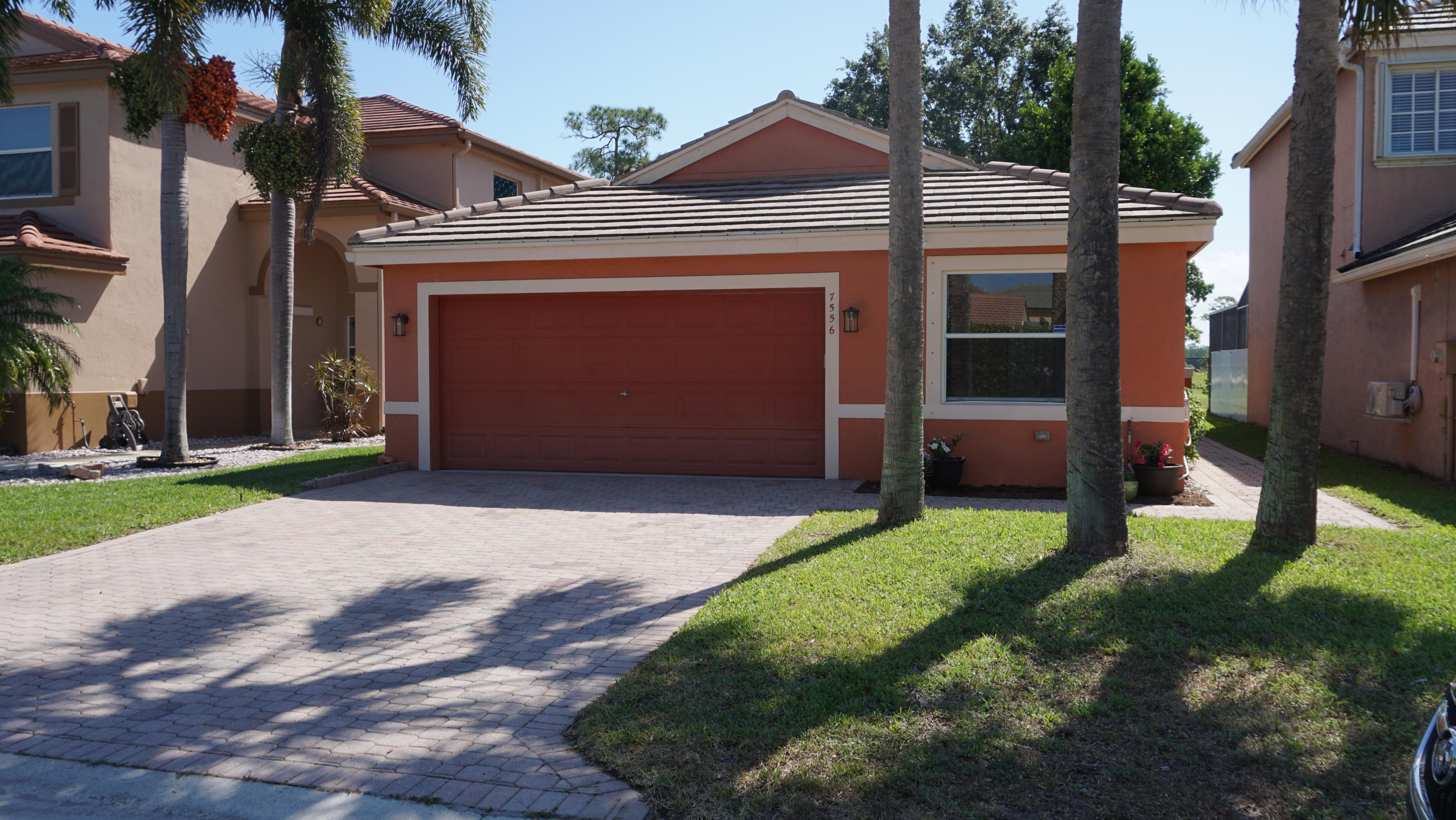 7556 Sierra Ridge Lane Lake Worth, FL 33463