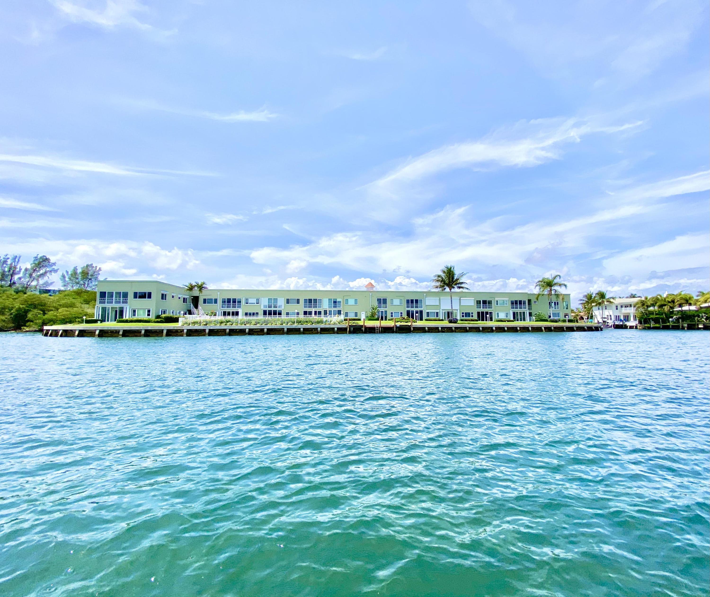 711 NE Harbour Terrace 407 Boca Raton, FL 33431 photo 2