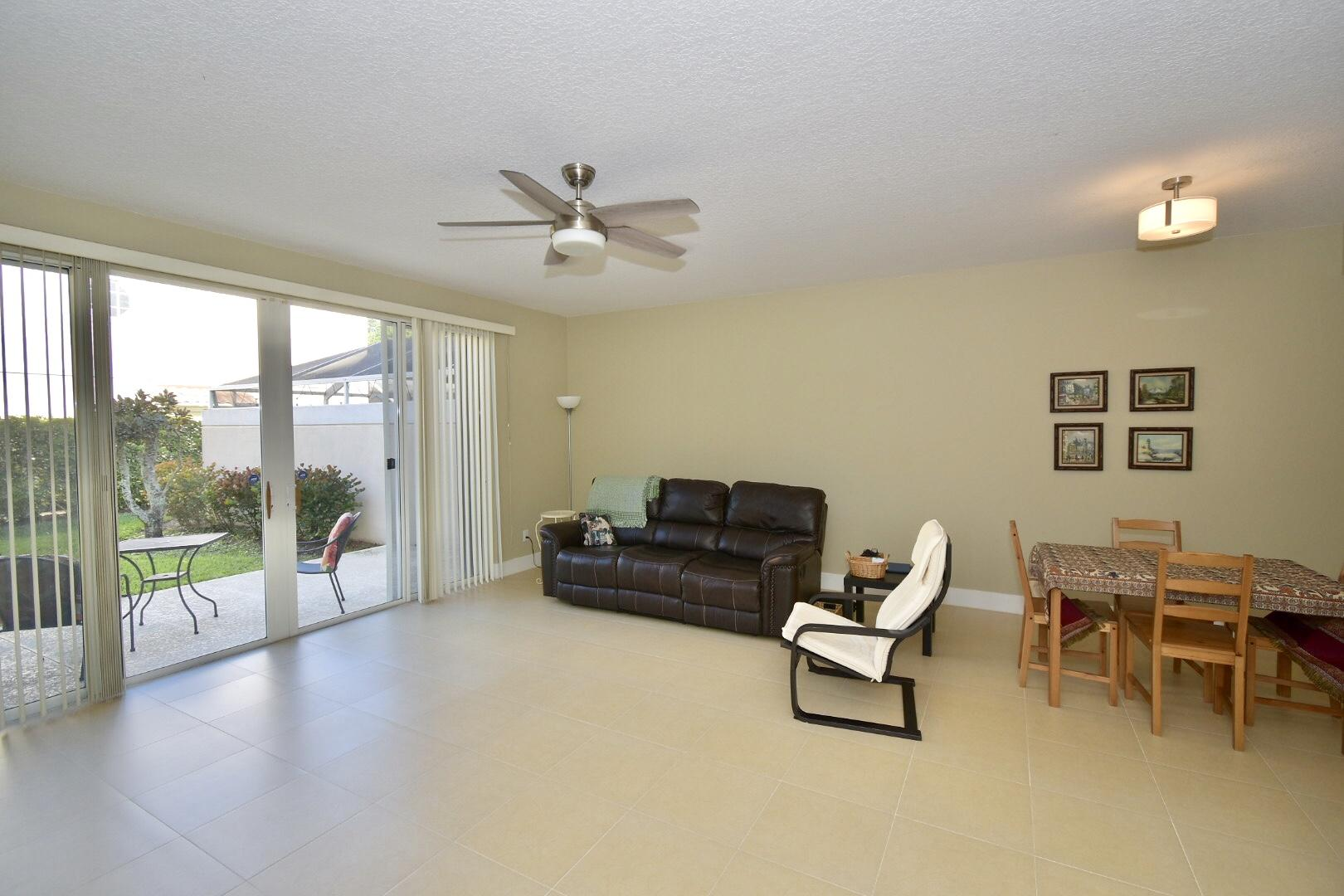318 Salinas Drive Palm Beach Gardens, FL 33410 photo 5