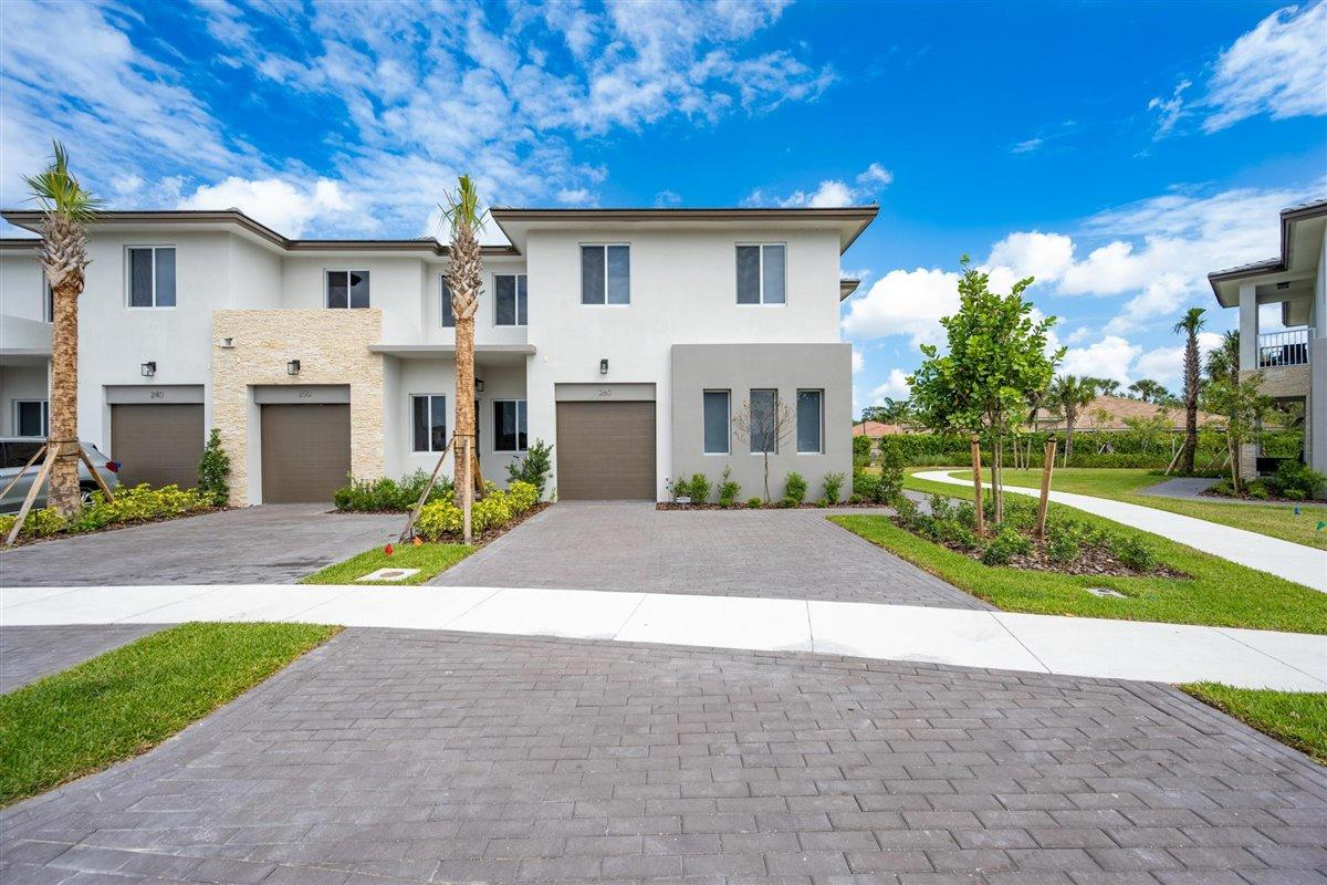 260 Pioneer Way Royal Palm Beach, FL 33411