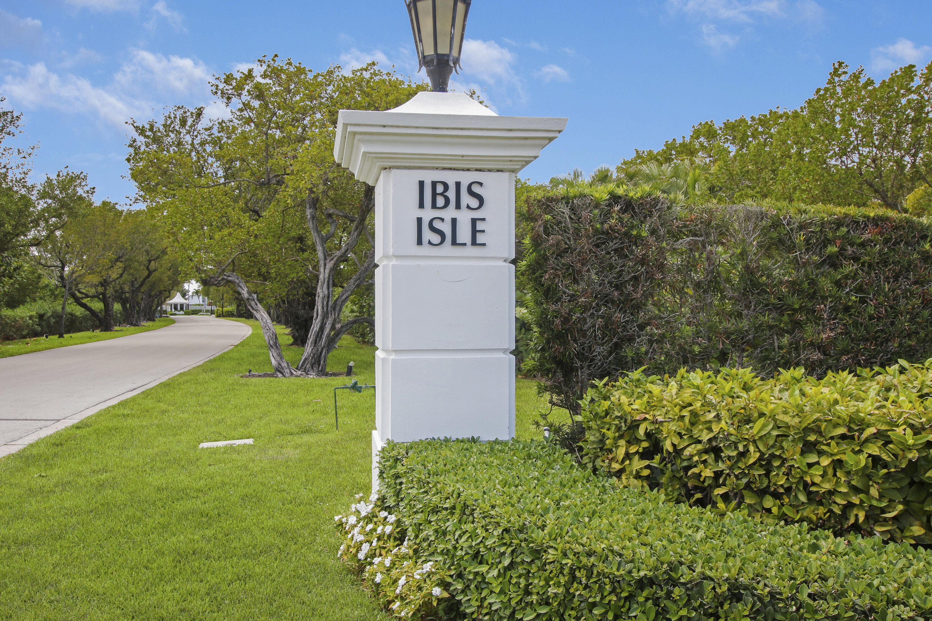 Welcome to this stunning 2 bedroom, 2 bath condominium located on desirable Ibis Isle in Palm Beach. This spectacular property is completely renovated and features include an open concept floor plan with 9 ft ceilings, quartz countertops with sleek modern cabinets, new flooring throughout and large impact glass sliders offering tremendous natural light. Enjoy time spent on the tranquil patio with views of the intracoastal waterway. Take a bike ride down scenic A1A, play golf across the street at the Palm Beach Par 3, and enjoy everything the Palm Beach lifestyle has to offer. Make this a must see on your tour today.