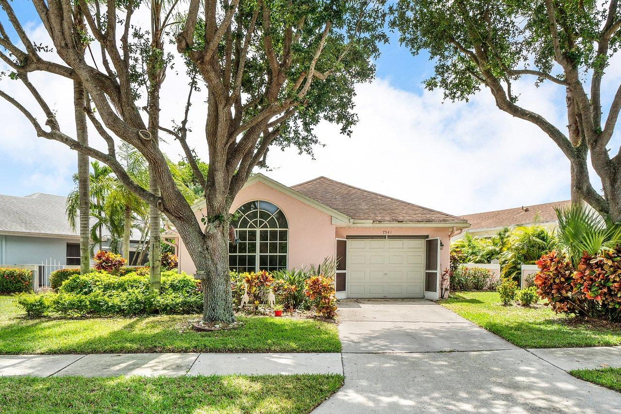 7541 Mansfield Hollow Road Delray Beach, FL 33446