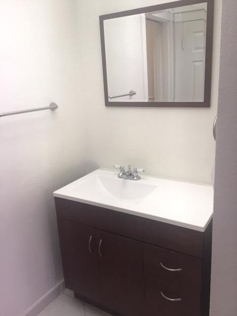 2nd Guest Vanity - Shower Featured