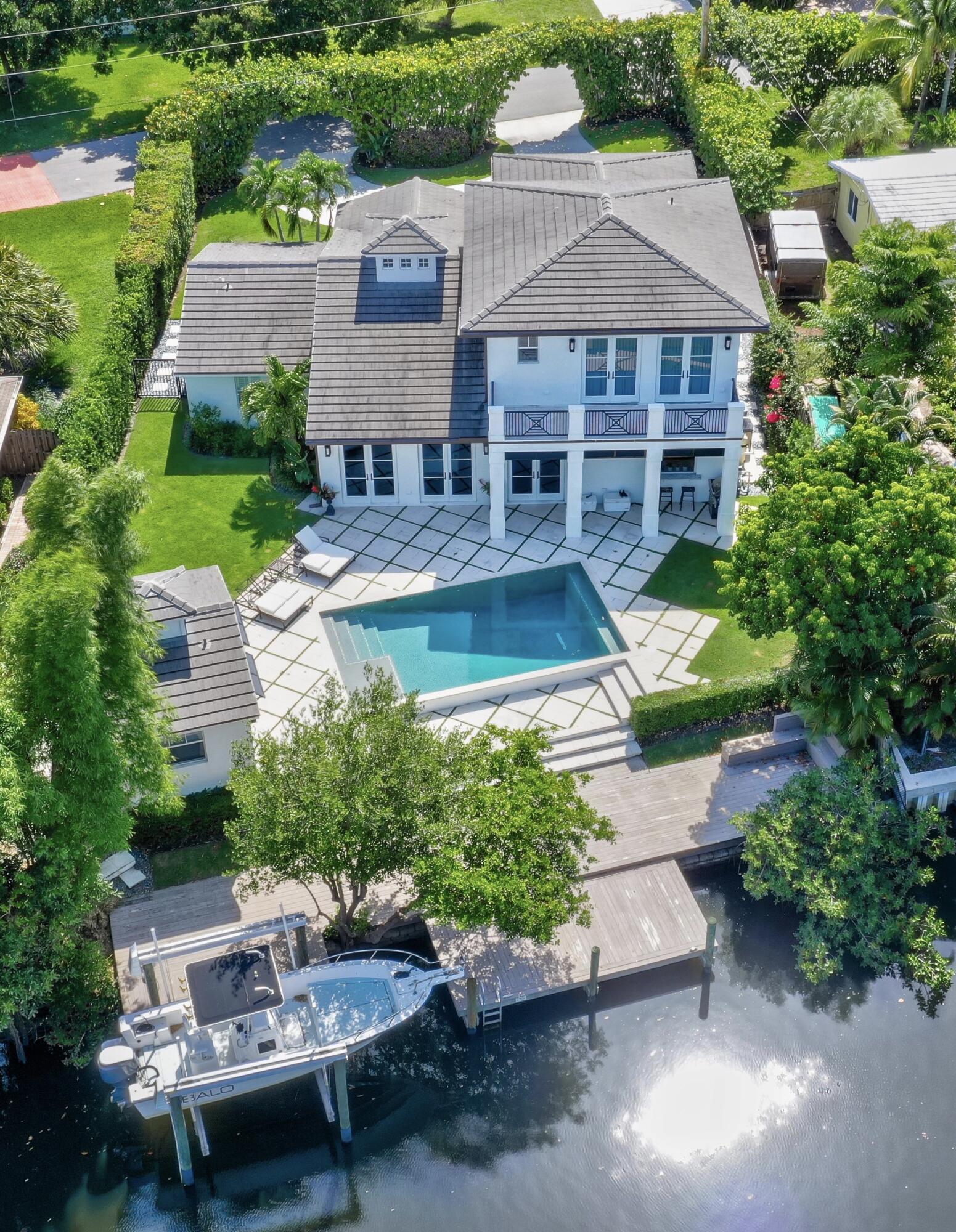 14065 N Miller Drive Palm Beach Gardens, FL 33410