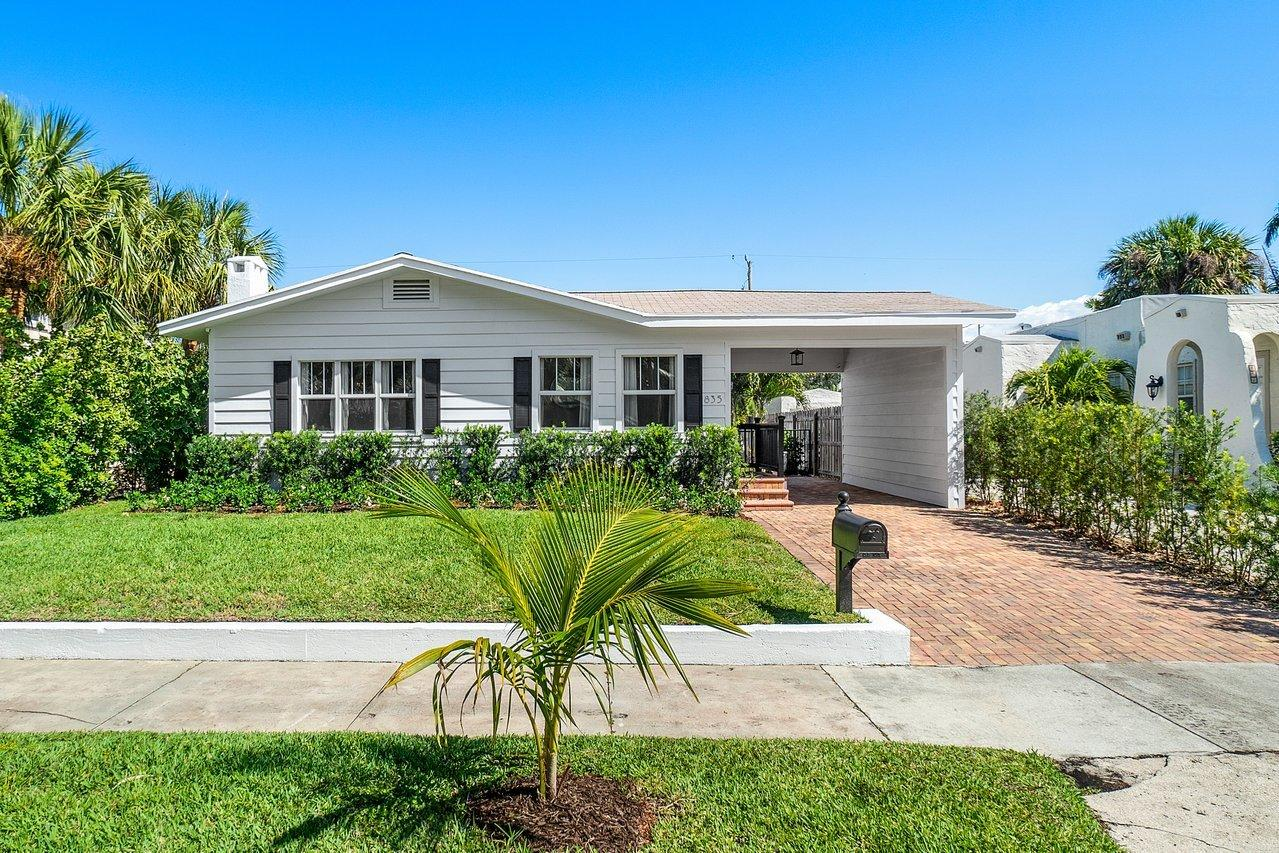 835  Claremore Drive  For Sale 10705107, FL
