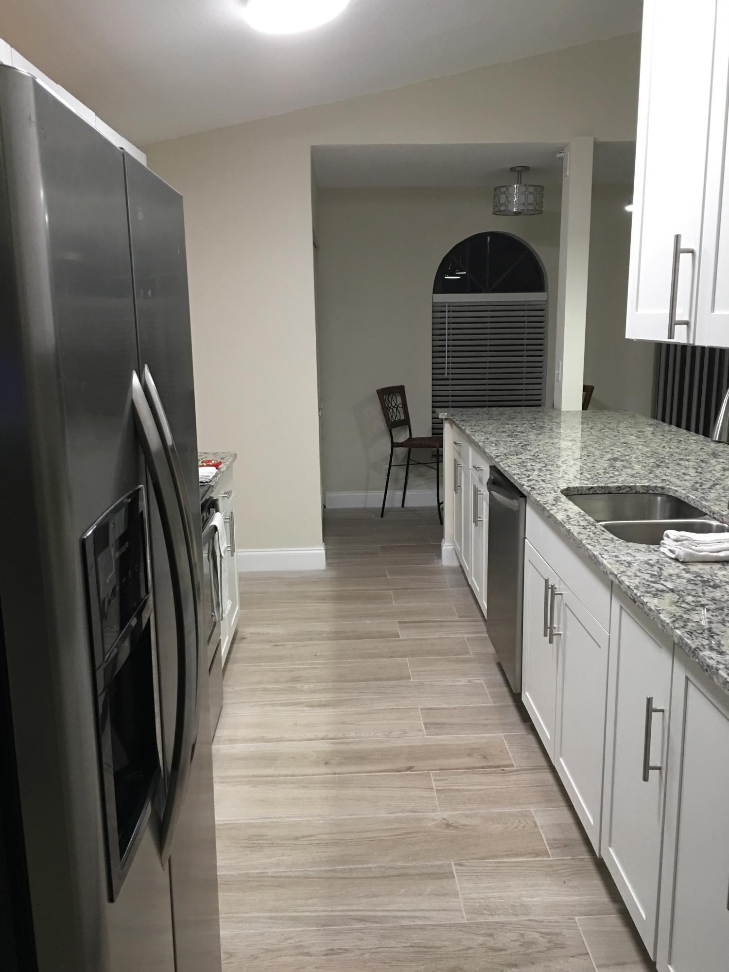 6-Kitchen1