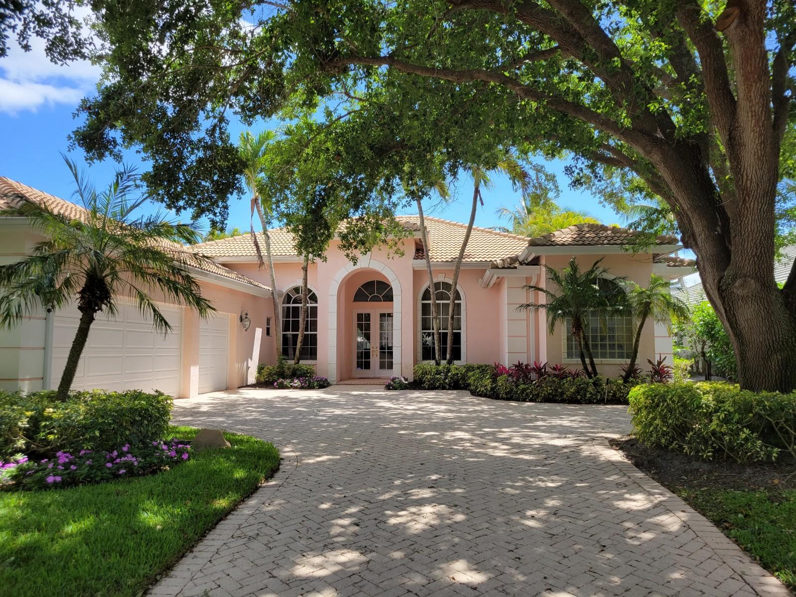 4 Bermuda Lake Drive Palm Beach Gardens, FL 33418