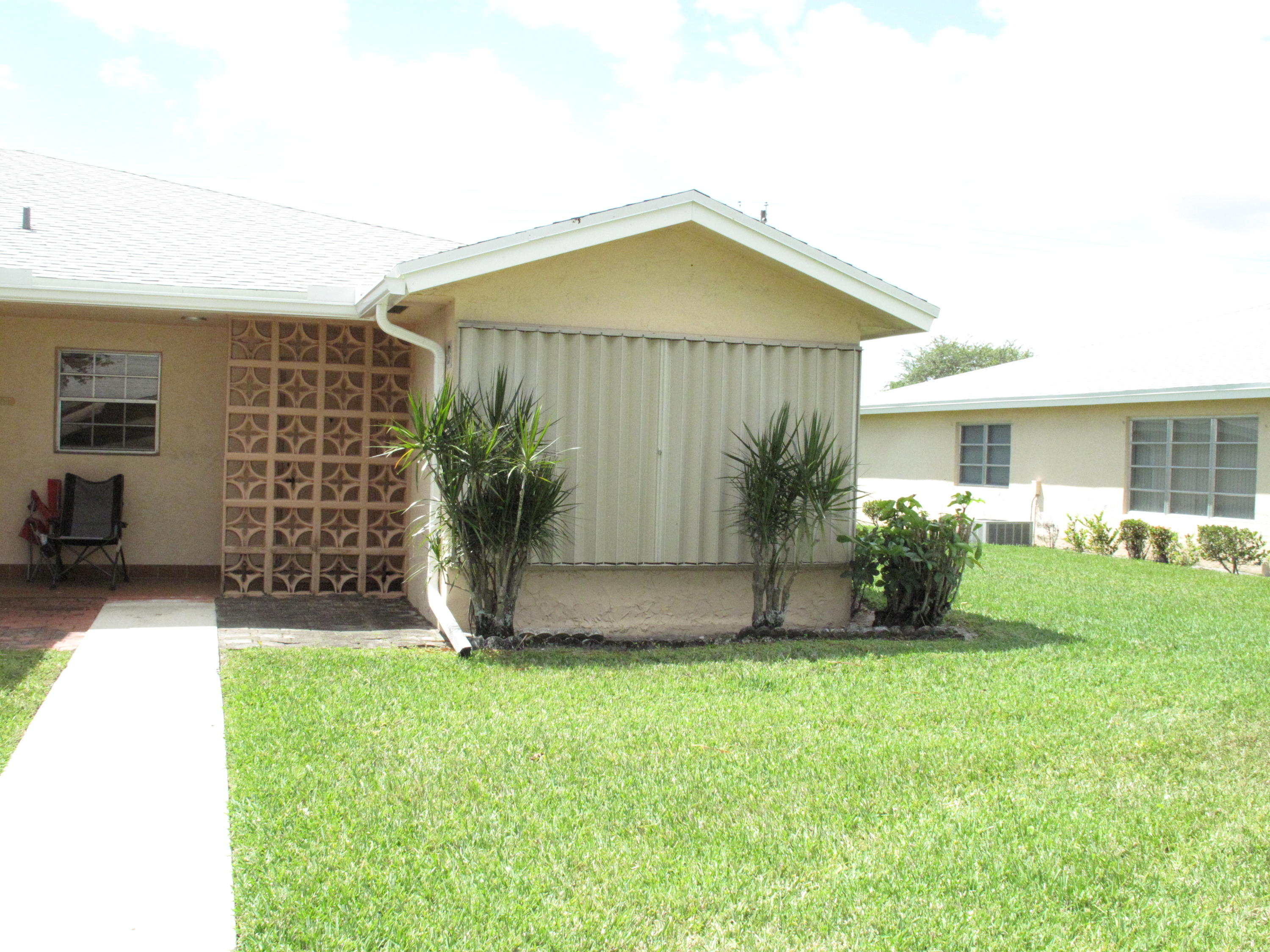 14572  Canalview Drive D For Sale 10705397, FL