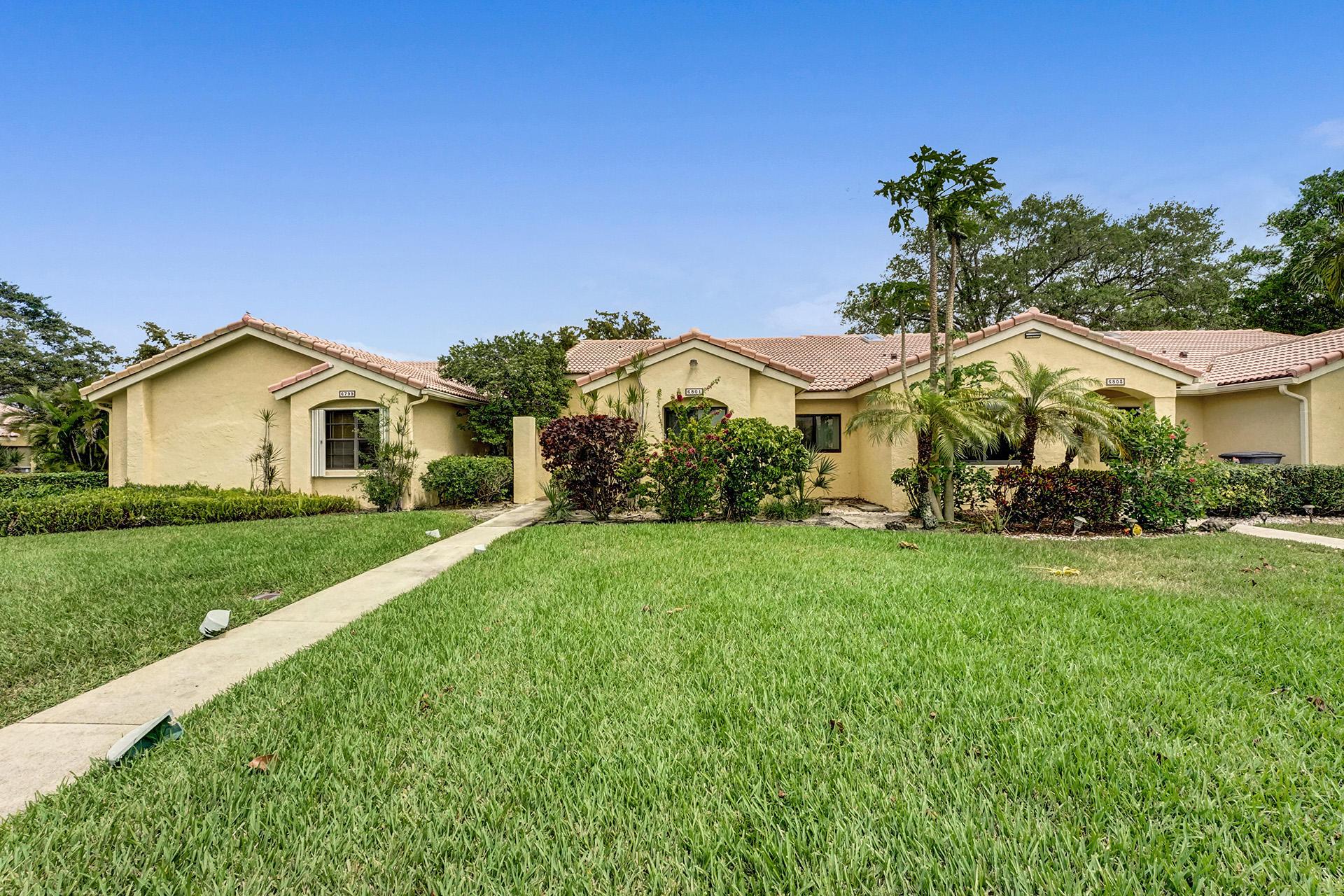 6801  Bridlewood Court  For Sale 10705512, FL