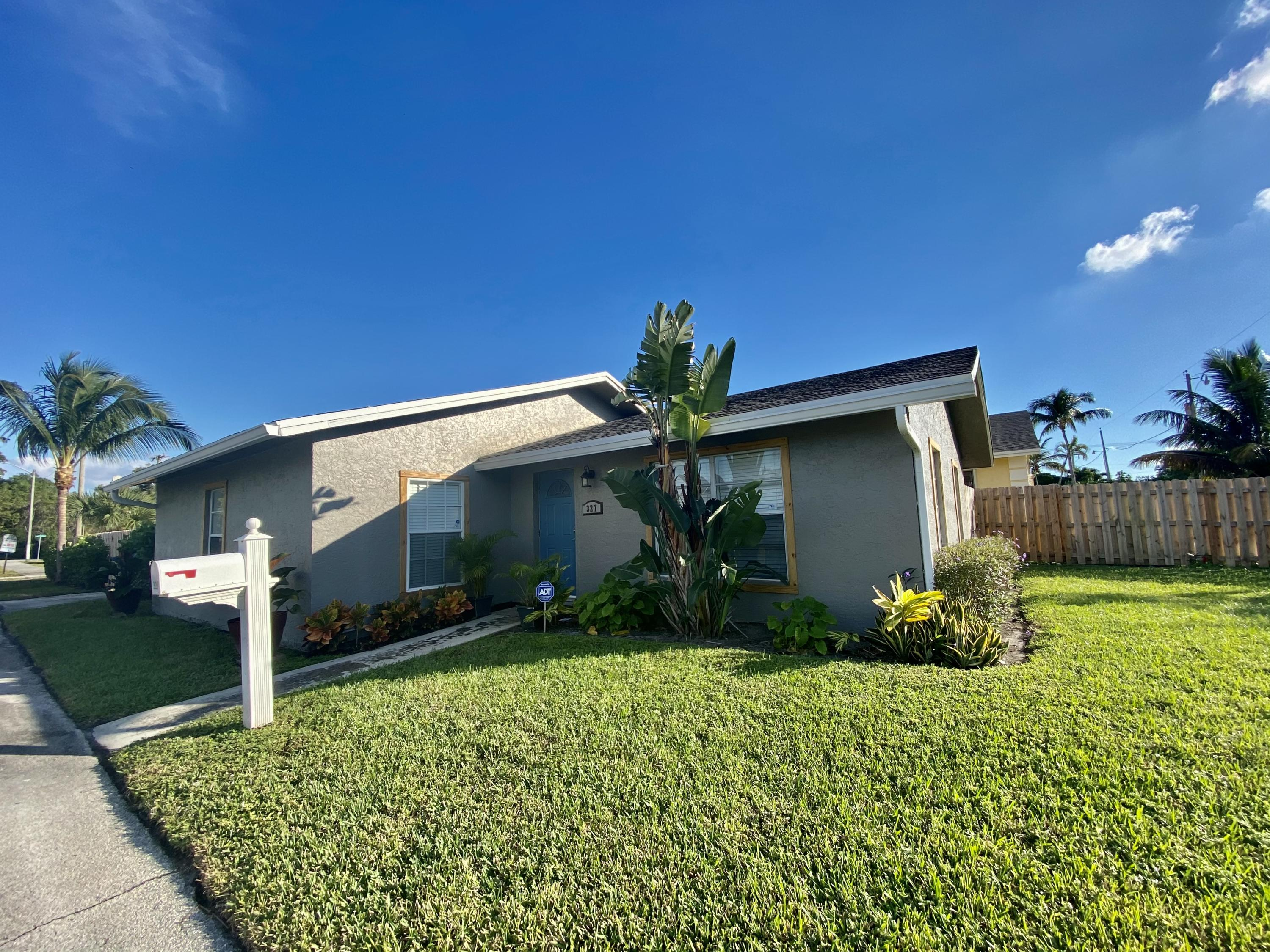 327 NW 2nd Avenue  For Sale 10705518, FL