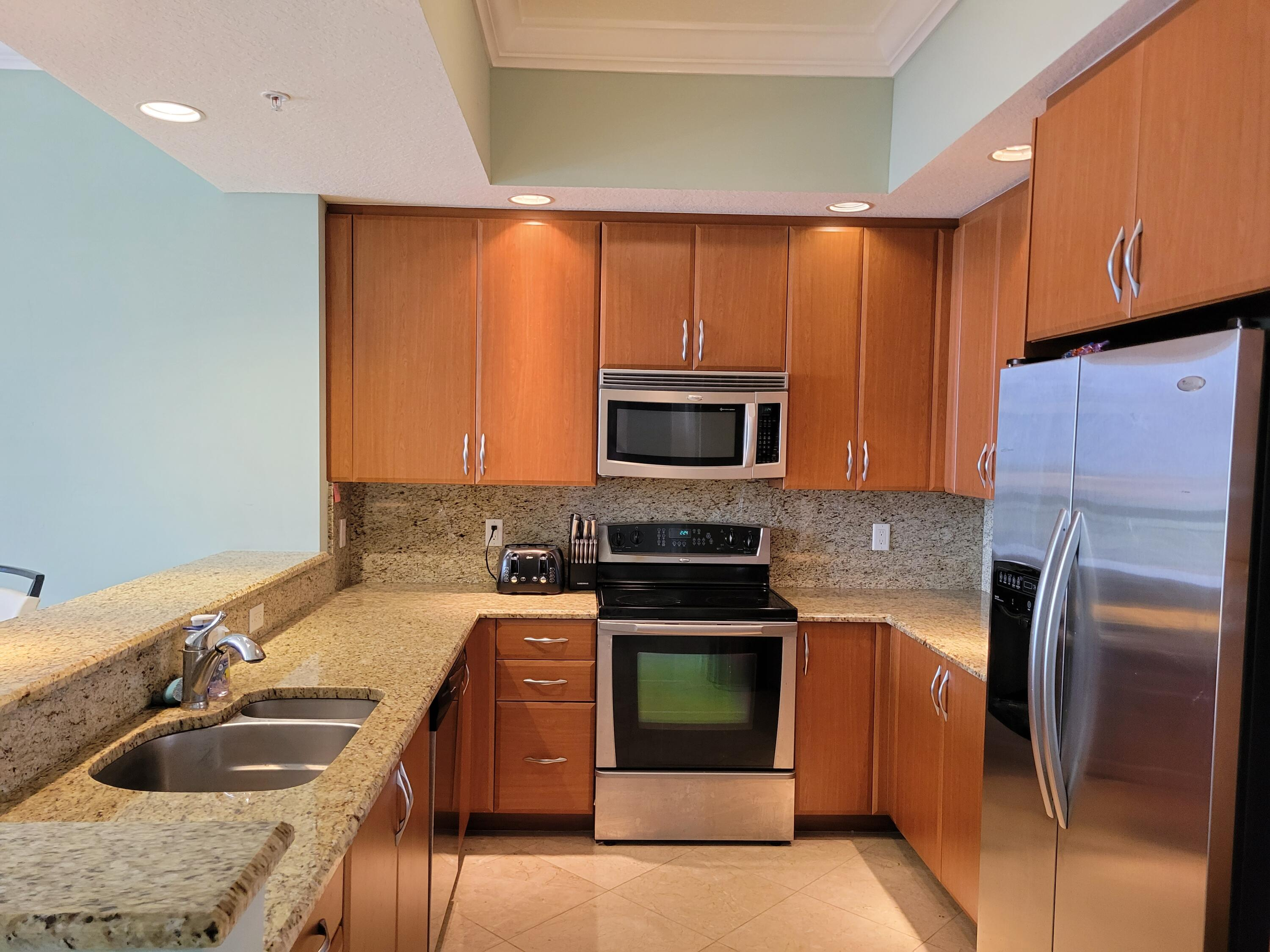 701 S Olive Avenue 1225 For Sale 10705534, FL