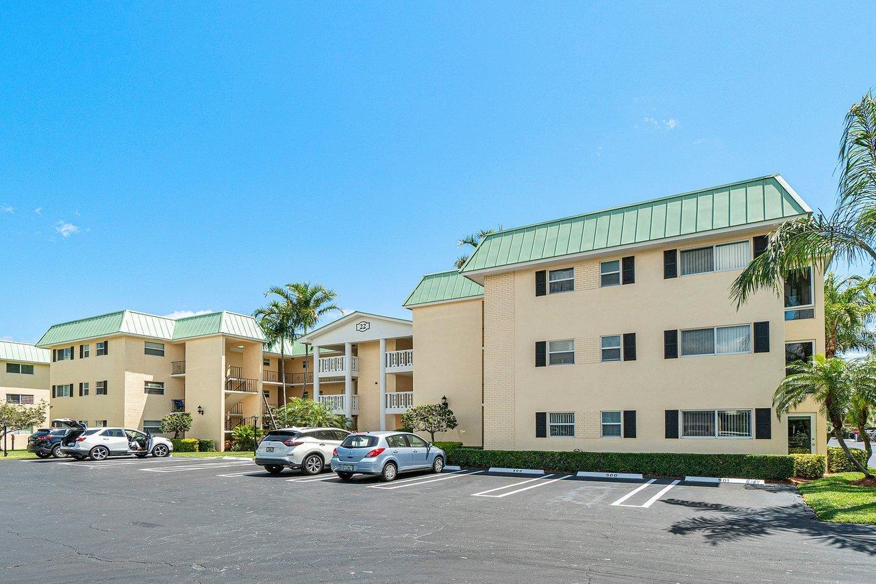 Home for sale in COLONIAL CLUB CONDO SEC 2 Boynton Beach Florida