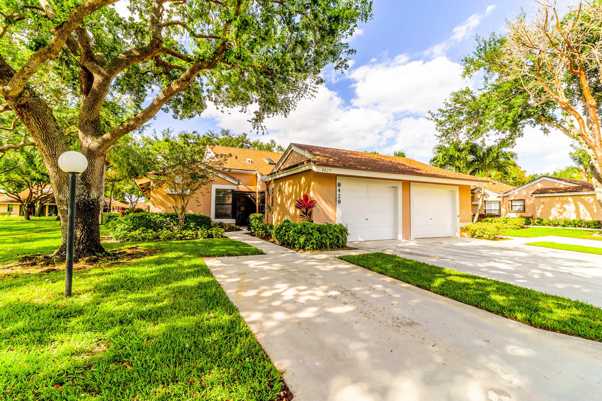 8429  Winding Stream Lane  For Sale 10705682, FL