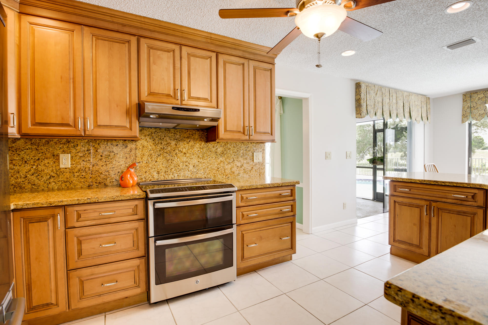 1381 Pine Valley Drive Wellington, FL 33414 photo 4