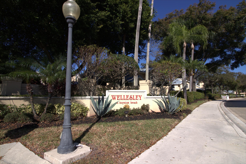 6401 Dryden Court  Boynton Beach FL 33436