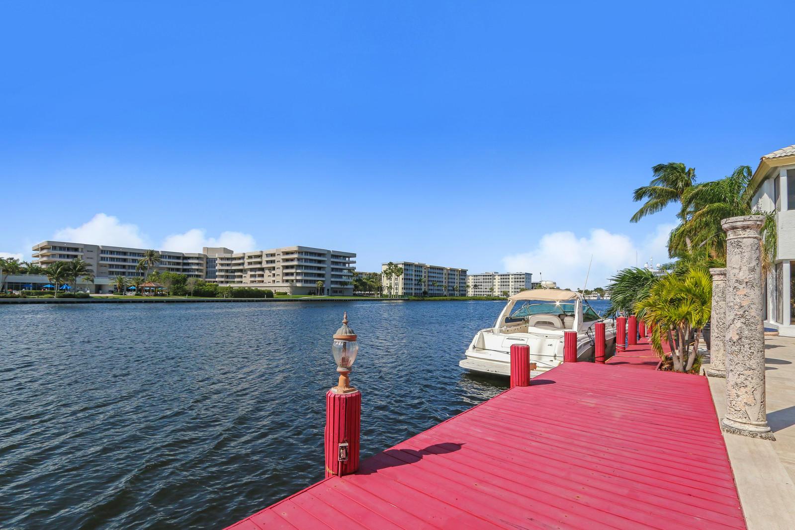 1004 Rhodes Villa Avenue Delray Beach, FL 33483 photo 6