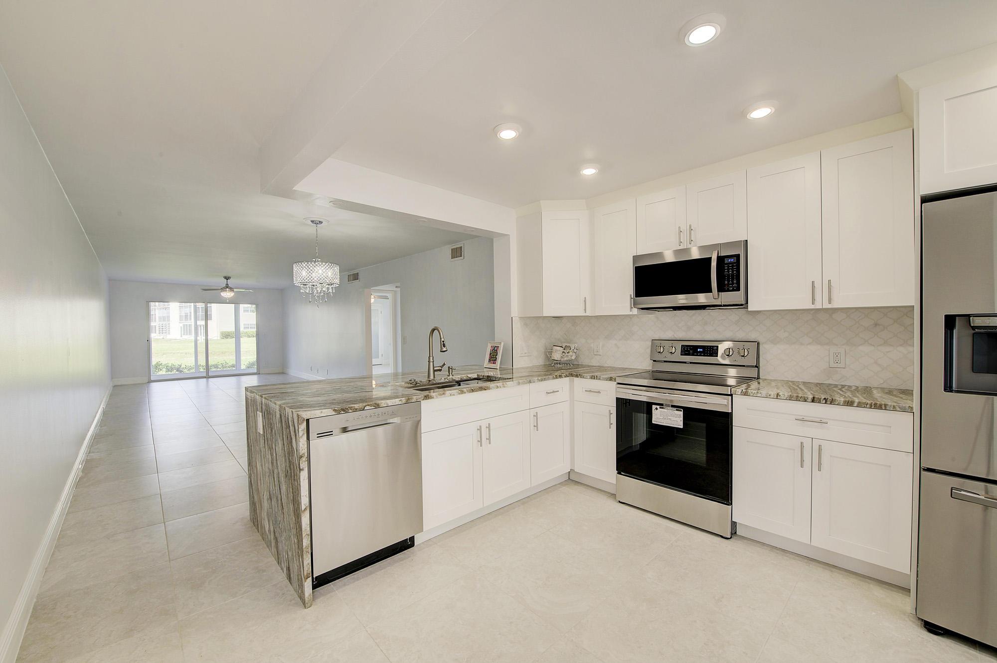 Details for 1037 Guildford C, Boca Raton, FL 33434
