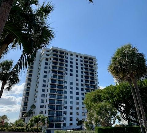 2003 N Ocean Boulevard 1604 For Sale 10705790, FL