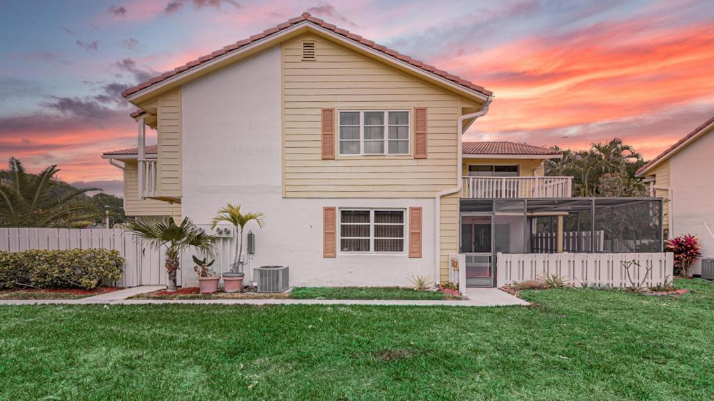 Home for sale in Seabrook Place Jupiter Florida