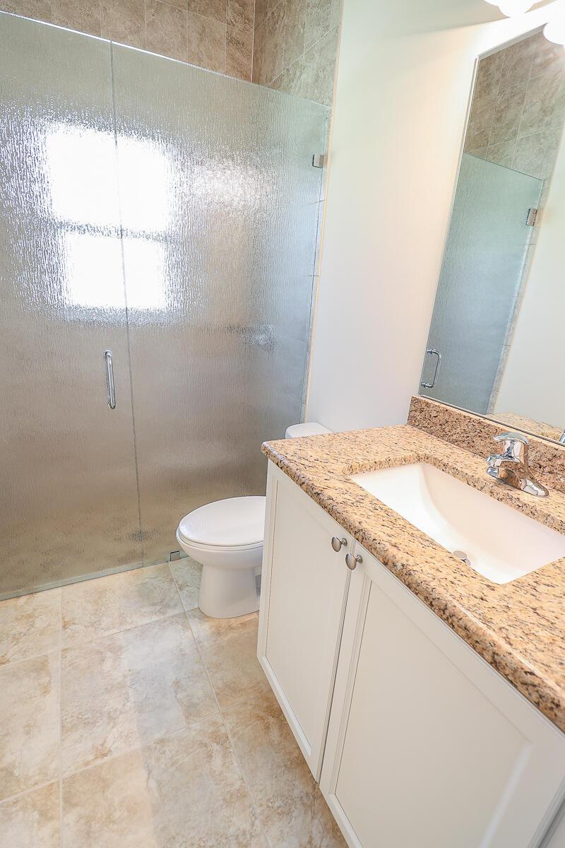 38-Bathroom 3