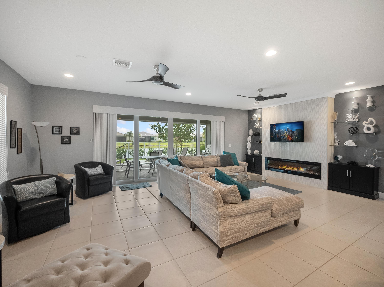10924 SW Sunray Street Port Saint Lucie, FL 34987 photo 3