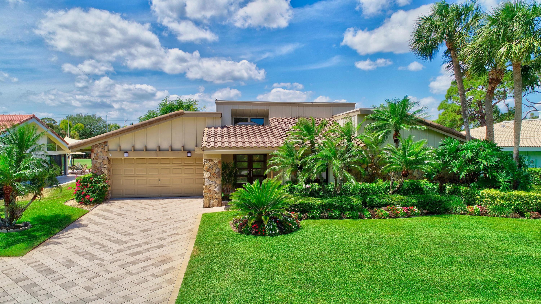 814  Foxpointe Circle  For Sale 10707166, FL