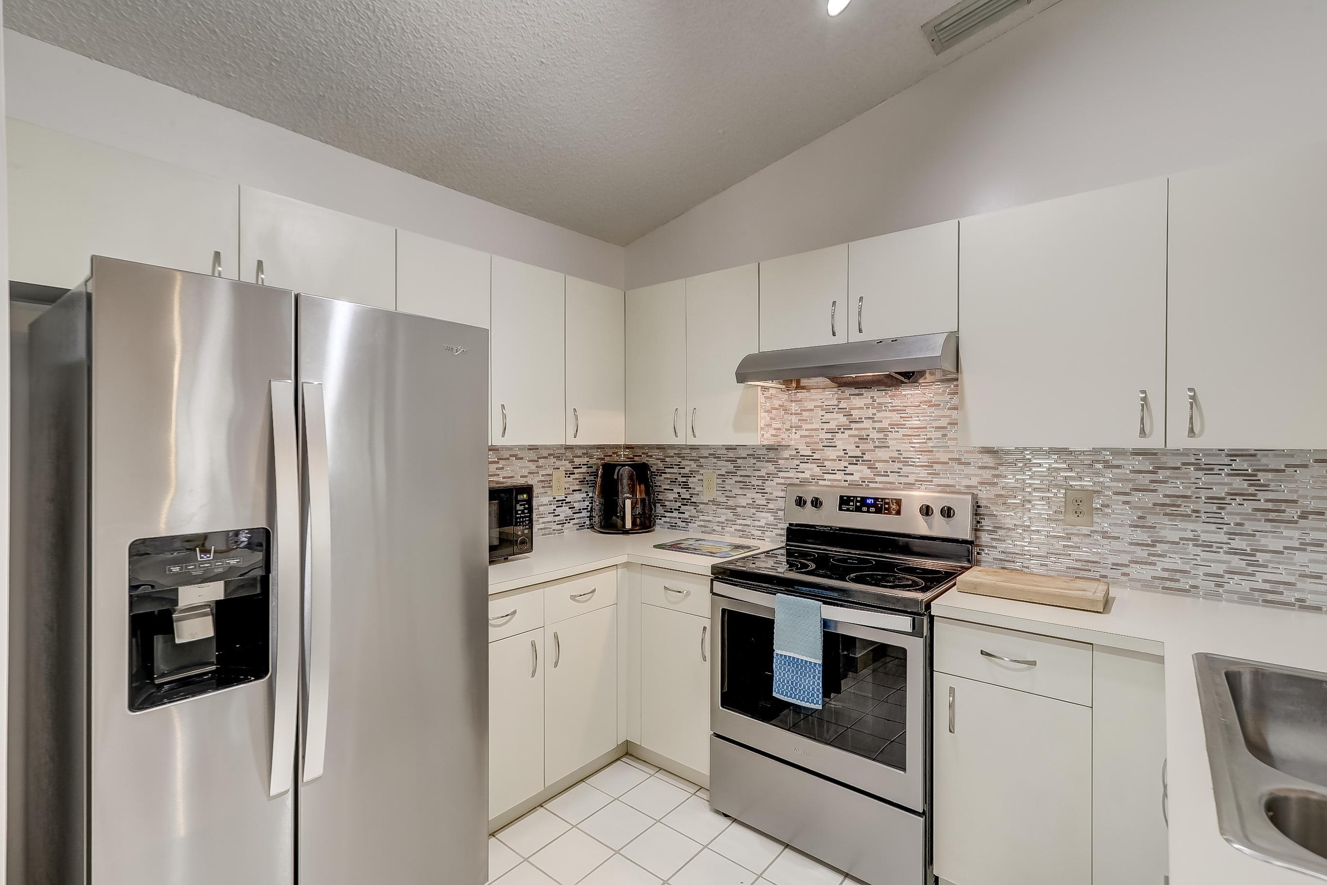 402 SW 158th Terrace 204 Pembroke Pines, FL 33027 photo 20
