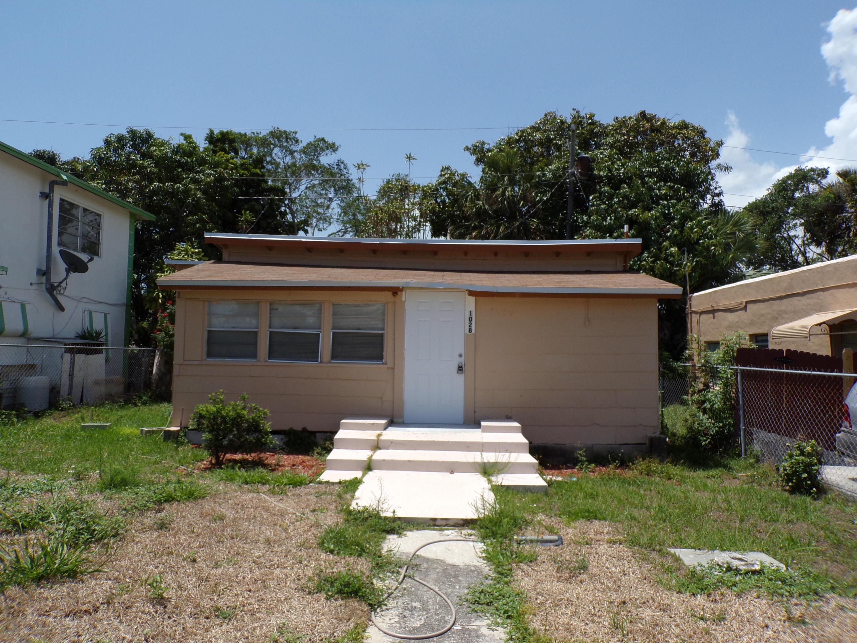 1028 Adams Street West Palm Beach, FL 33407 photo 2