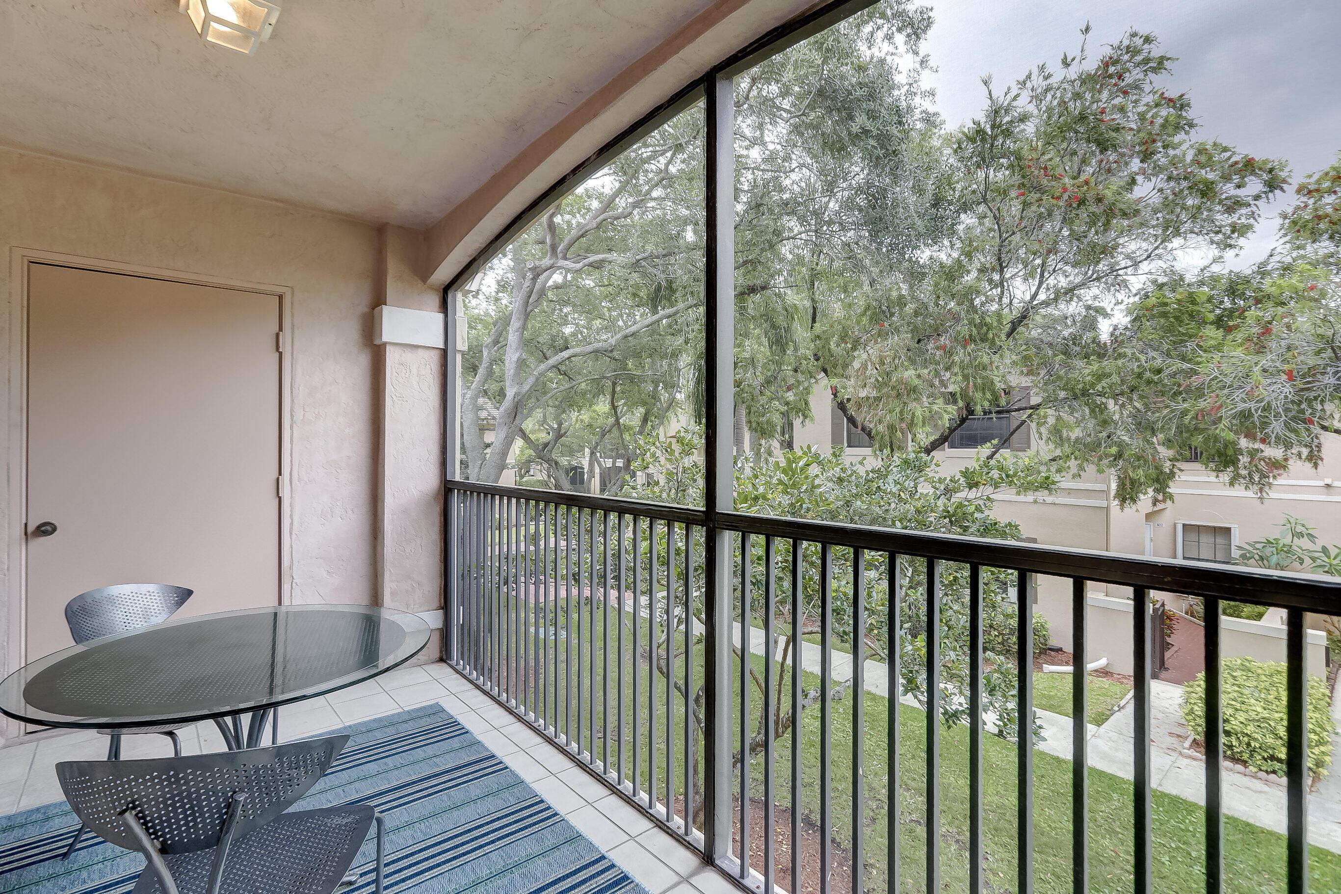 402 SW 158th Terrace 204 Pembroke Pines, FL 33027 photo 32