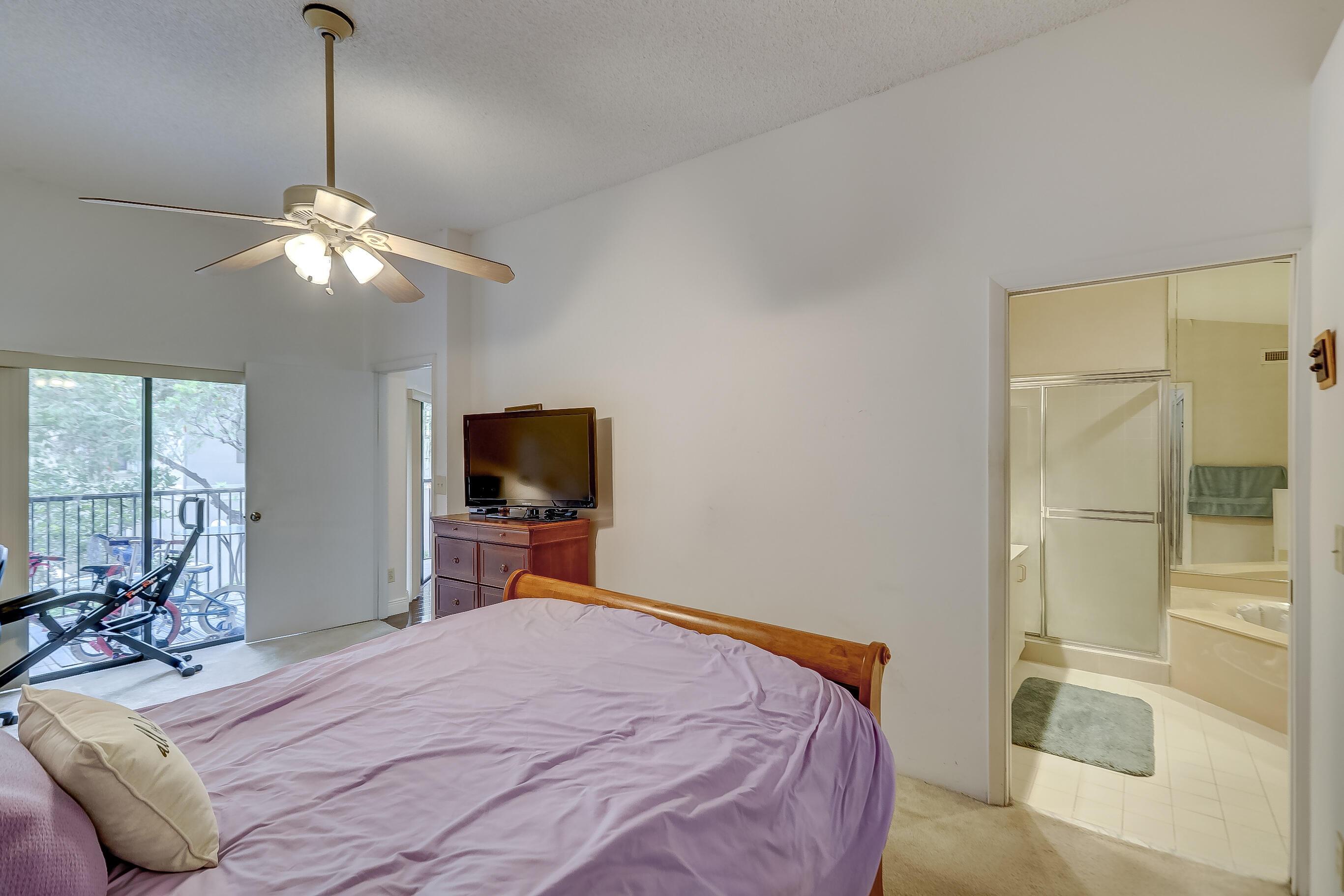 402 SW 158th Terrace 204 Pembroke Pines, FL 33027 photo 36
