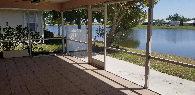 6674 Picante Circle Fort Pierce, FL 34951 photo 2