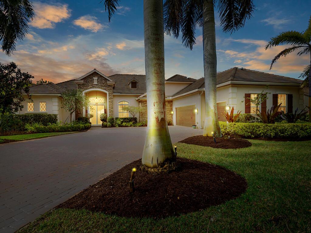 509 SW Sea Green Street Palm City, FL 34990 photo 2