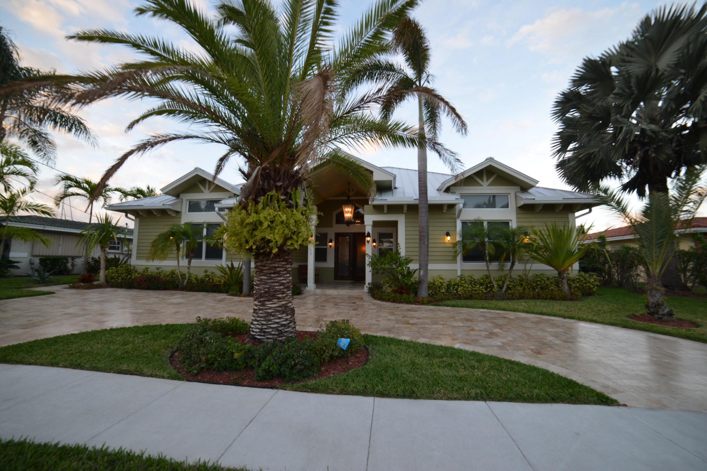 785 NE 71st Street  For Sale 10706116, FL