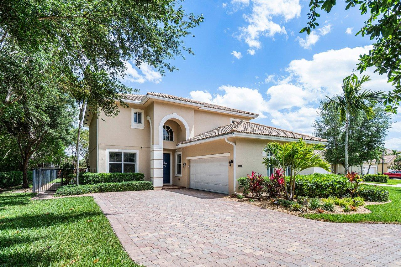 8364  Lyons Ranches Road  For Sale 10706117, FL