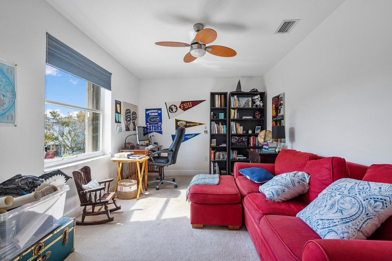 9032 Dupont Place Wellington, FL 33414 photo 10