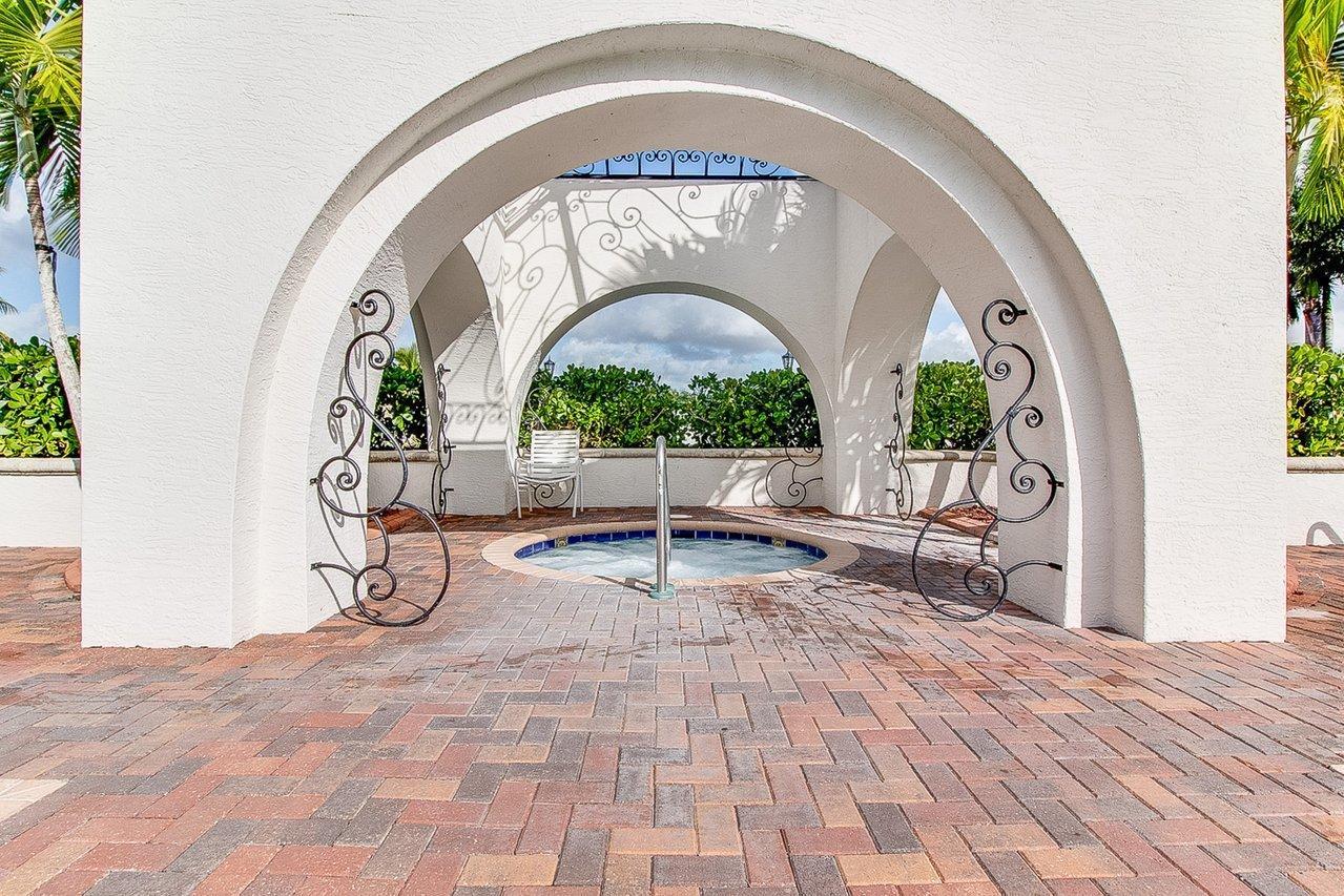 9032 Dupont Place Wellington, FL 33414 photo 23