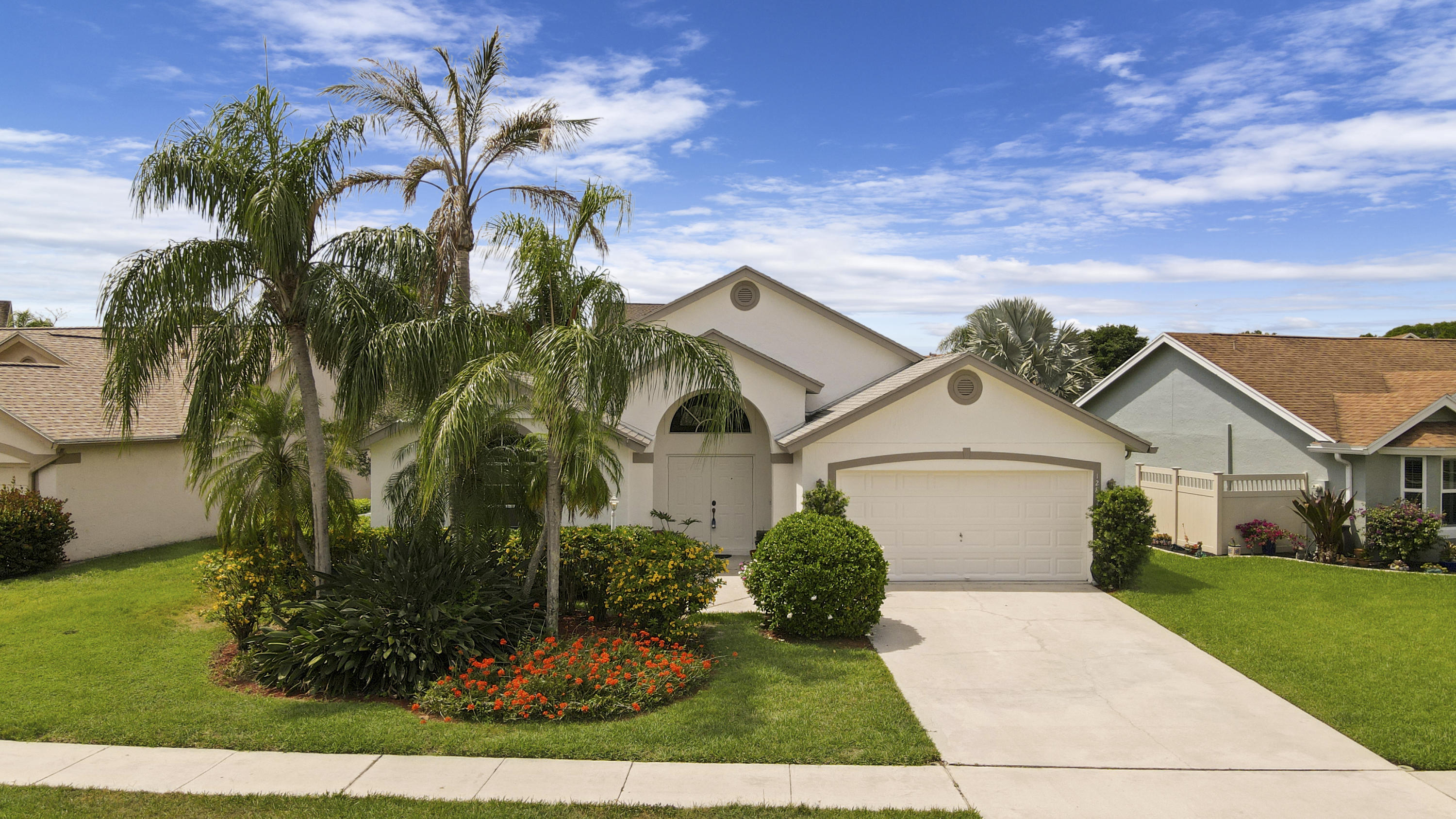 Home for sale in MEADOWLAND COVE 1 OF WELLINGTON Wellington Florida