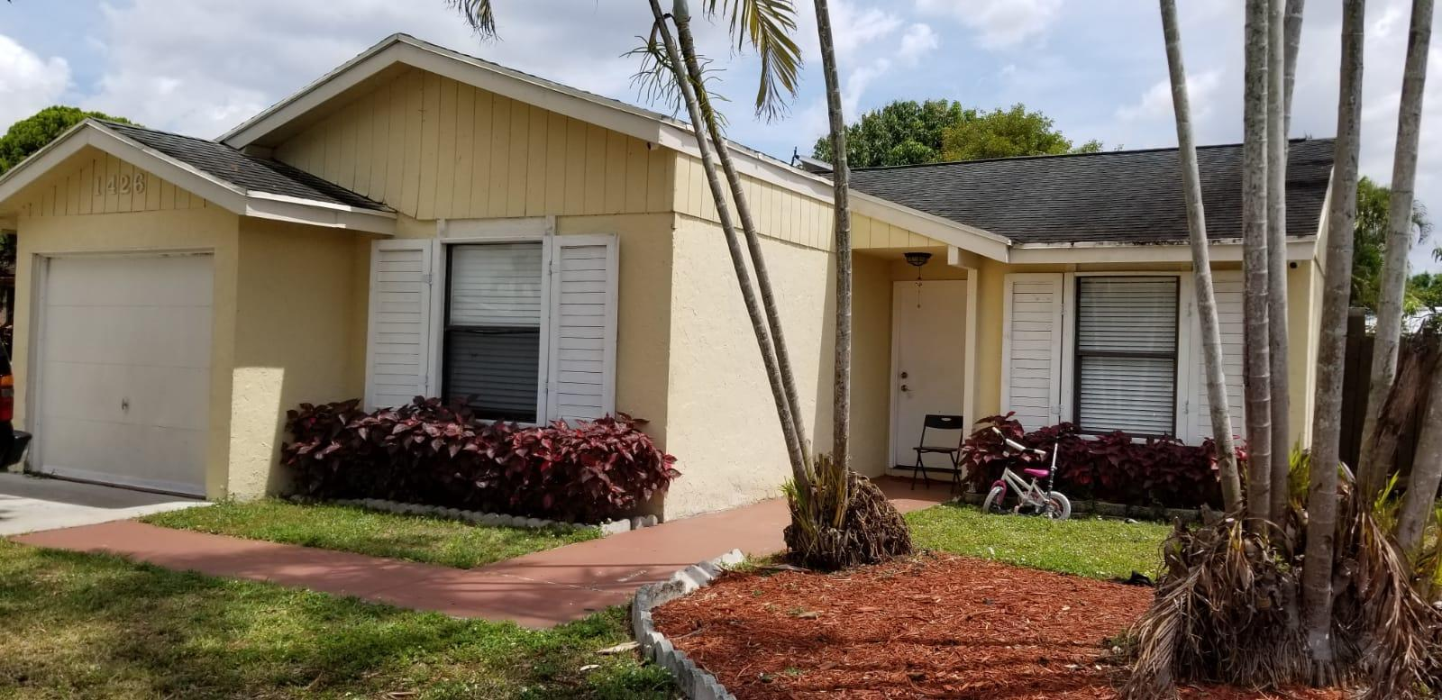 1426 Ryan Lane Royal Palm Beach, FL 33411