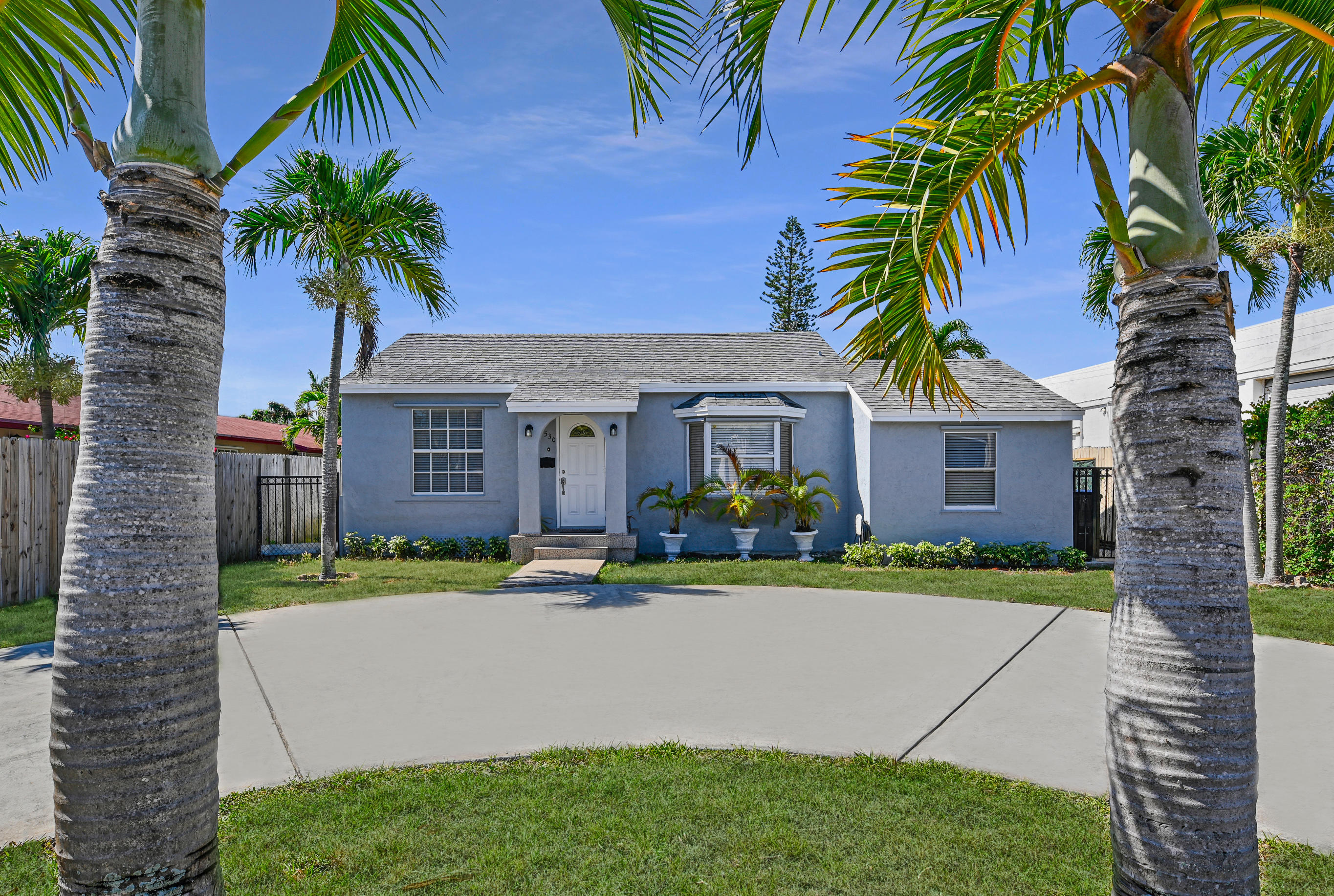 Home for sale in COLONIAL ESTATES West Palm Beach Florida