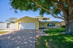10095 Seagrape Way, Palm Beach Gardens, FL 33418